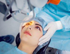 Augen lasern Alter - das beste Alter für eine Augenlaser-Behandlung